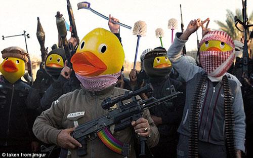20 آذر، روز جهانی حمله به داعش در فضای مجازی+ عکس