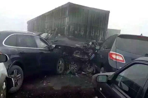 حوادث رانندگی ناشی از آلودگی هوا در چین+ تصاویر