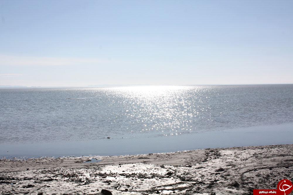 ۷۰۰ کیلومتر مربع از دریاچه ارومیه زیر آب رفت