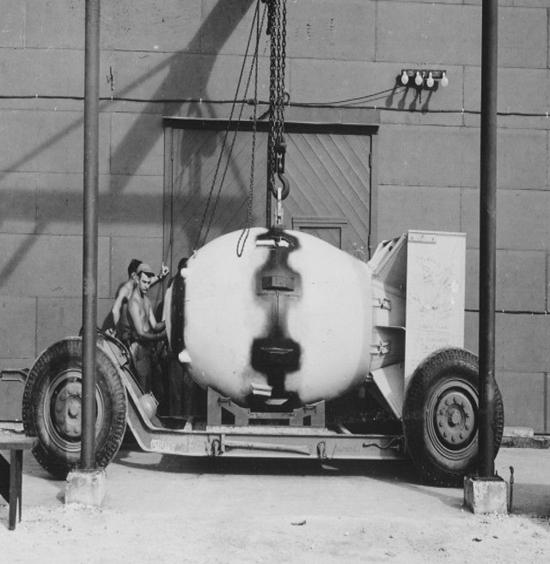 با انواع بمب اتم و نحوه کارکرد هر یک آشنا شوید