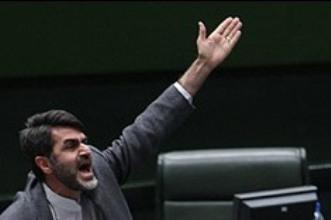 کوچکزاده استعفا کرد/ نماینده تهران وسایل خود را برداشته و صحن را ترک کرد