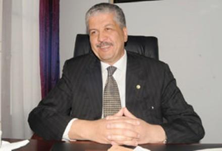 نخستوزیر الجزایر: زمان استفاده از سوختهای فسیلی به سر آمده است
