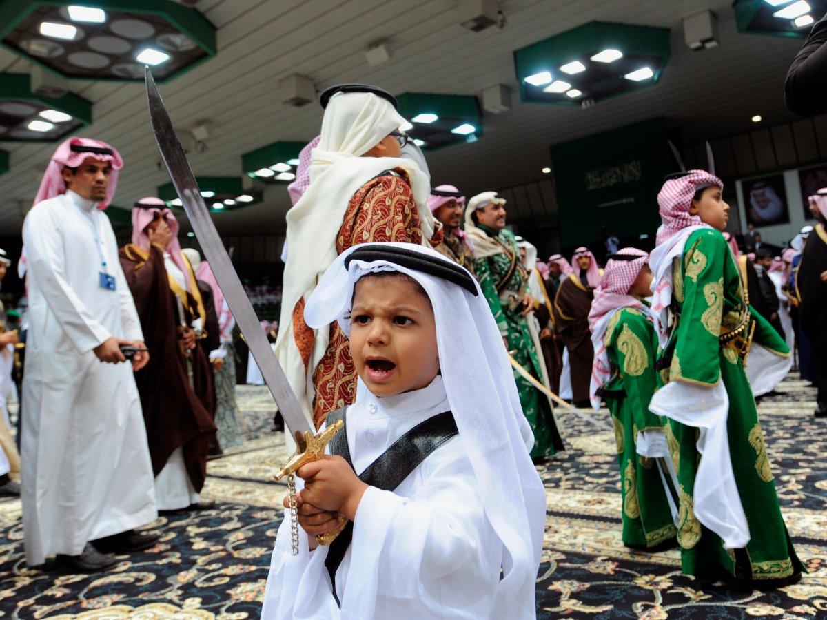 گزارش بیزینس اینسایدر: 16 حقیقت شگفتآور درباره عربستان سعودی+ تصاویر