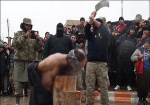 داعش، عضو النصره را بعد از «توبه» گردن زد+ عکس