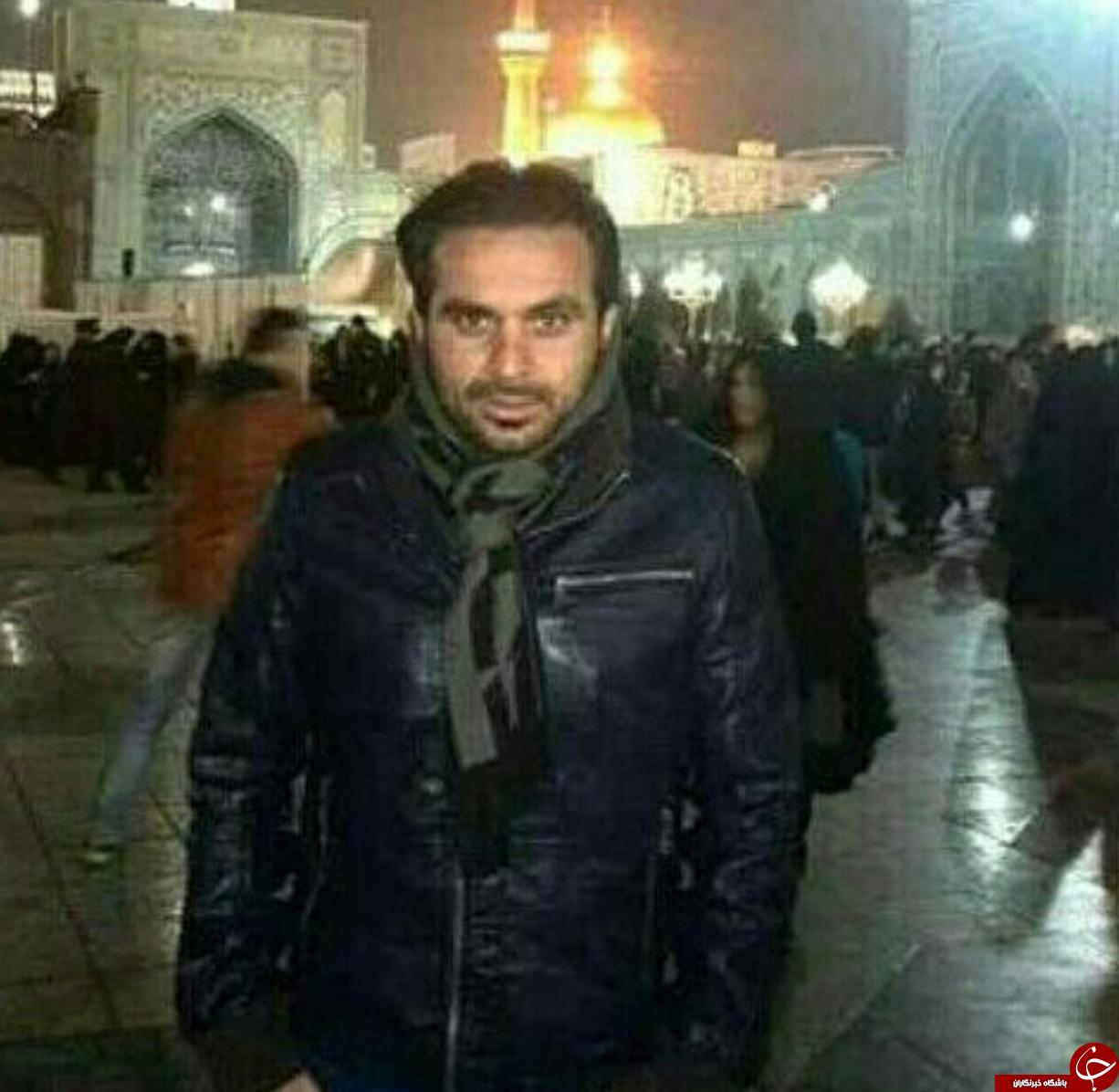 مرحوم هادی نوروزی درحرم امام رضا (ع) + عکس