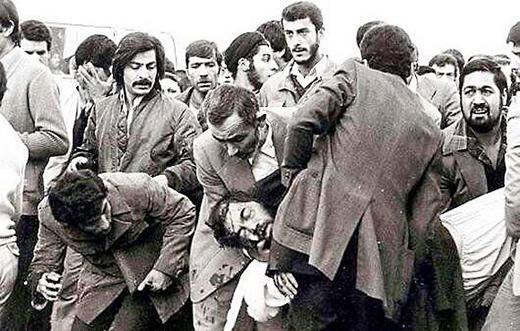 عکس / لحظه پس از ترور شهید مفتح