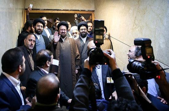حواشی حضور یادگار امام در ستاد انتخابات وزارت کشور+ تصاویر