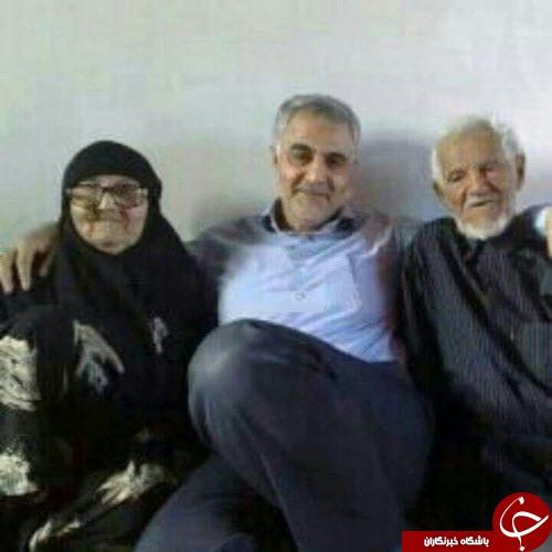 تصاویر سردار سلیمانی به همراه پدر و مادرش
