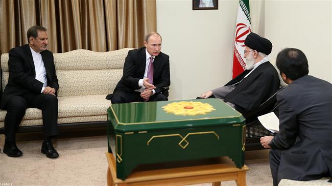 سرگذشت قرآنی که دوشنبه از مسکو به تهران آمد؟+ تصاویر