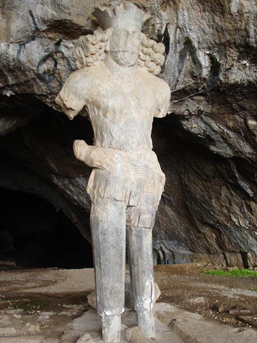 دیدار با پادشاه ساسانی در کازرون
