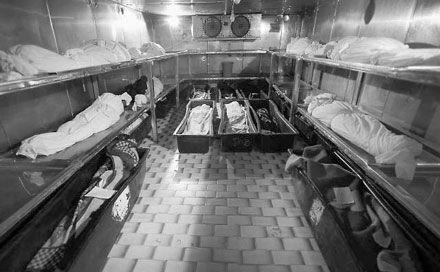 لختی درنگ، از خداحافظی با دنیا تا تاریکی قبر +تصاویر