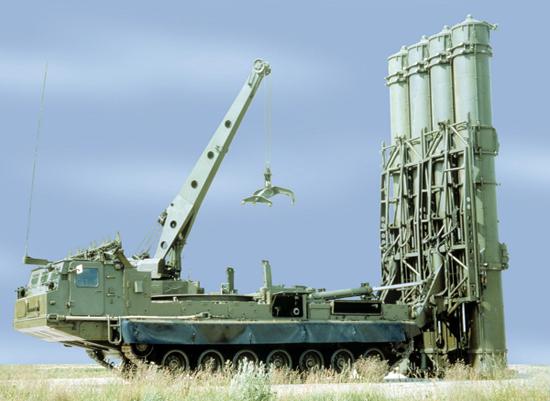 اس 400 پیشرفتهترین پدافند هوایی روسیه / عکس
