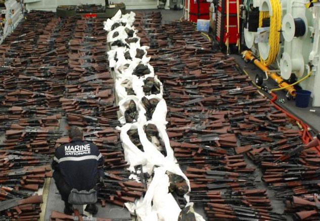 ادعای سیانان: کشف محموله اسلحه ایران در اقیانوس هند بوسیله نیروی دریایی فرانسه+ عکس