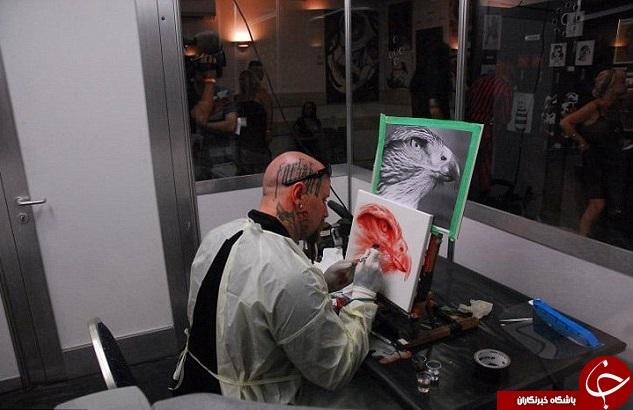 نقاشی هایی از جنس خون انسان+تصاویر