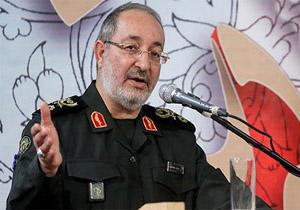 هر دستی به سمت توانمندی دفاعی ایران دراز شود قطع میکنیم