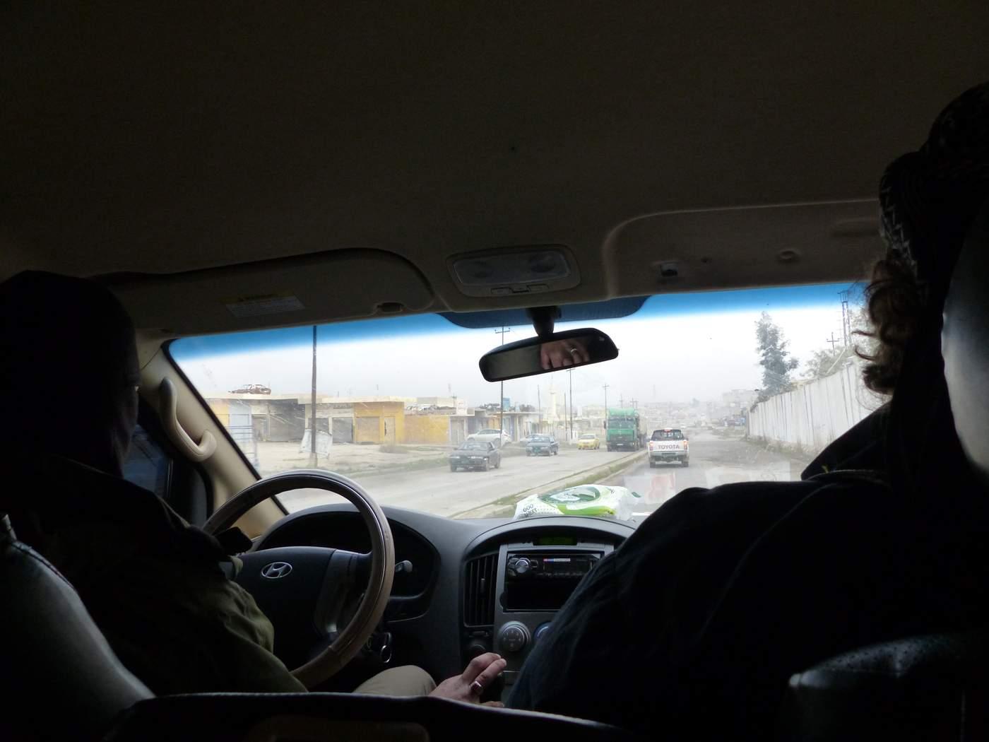 جلاد بیرحم داعش، راننده شخصی روزنامهنگار آلمانی در رقه!+ تصاویر