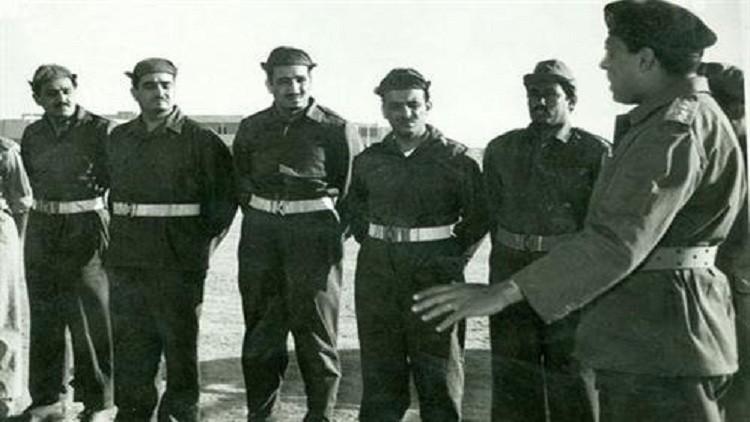 تصاویری جالب و دیده نشده از جوانی ملک سلمان/ وقتی پادشاه، سربازی مصری میشود