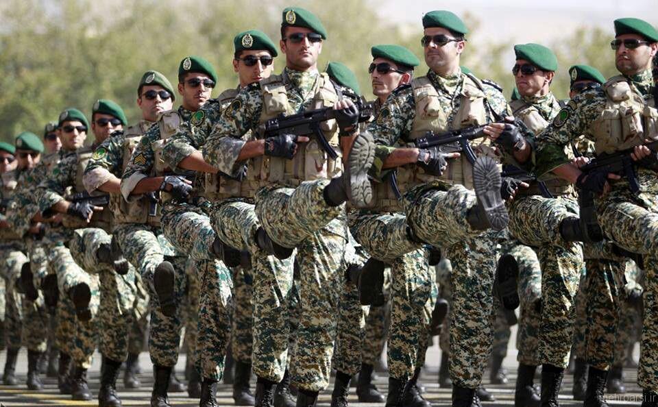 ارتش حافظ امنیت و پاسدار ارزشهای انقلاب اسلامی است