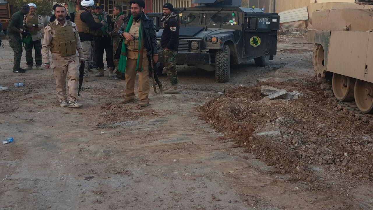 انهدام کارخانه بمب و تسلیحات داعش در «ساحلالایسر»/ 165 تروریست طی روزهای اخیر بههلاکت رسیدند + تصاویر