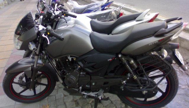 از قیمت برخی موتورسیکلت ها در بازار تا افزایش نرخ سکه طرح قدیم در بازار