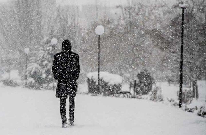 کاهش دما و بارش برف در خراسان رضوی