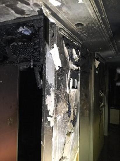 انفجار مجتمع 80 واحدی در خیابان اکباتان/ آتش نشانان 12 نفر از ساکنان را از میان دود و آتش نجات دادند + تصاویر