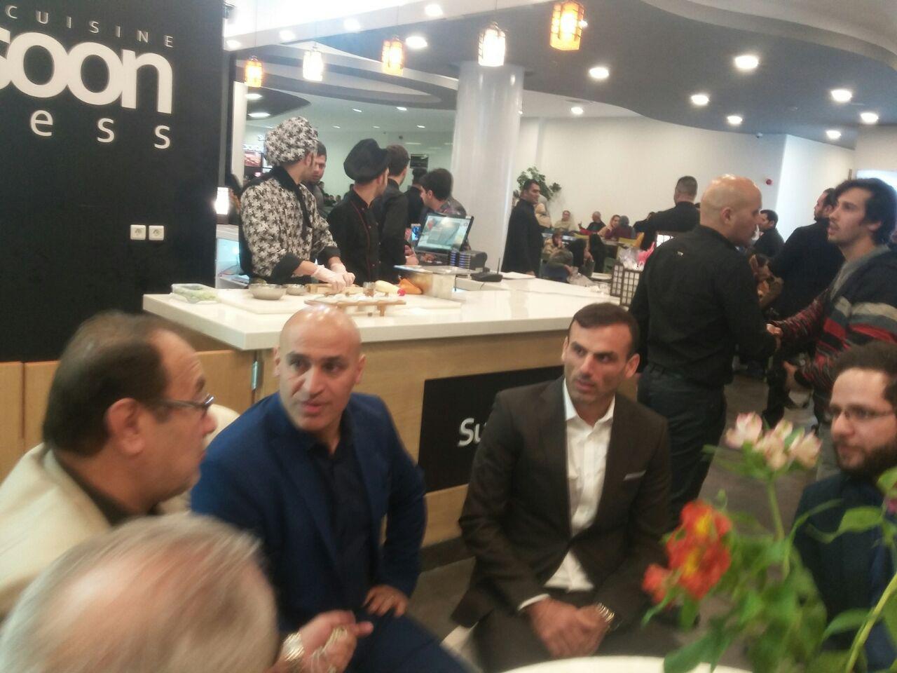 حواشی افتتاحیه رستوران جدید منصوریان/ خوش و بش با رحمتی+ عکس