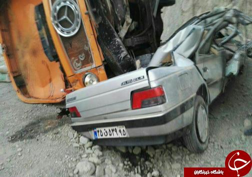 دو کشته و زخمی در برخورد کامیون با پژو+ تصاویر