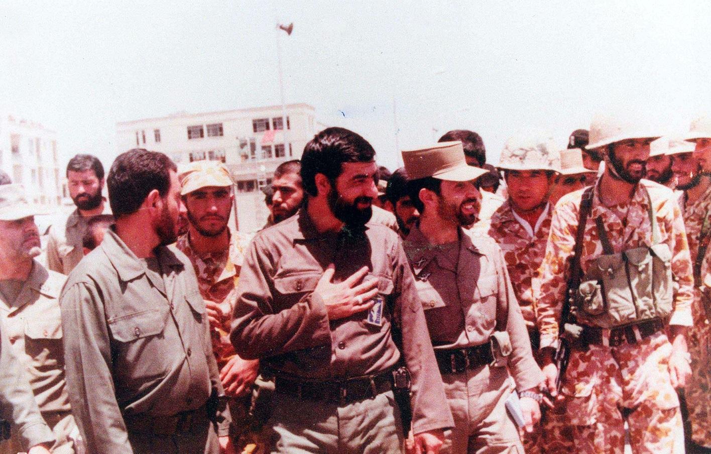 محسن رضایی( دبیر مجمع تشخیص مصلحت نظام)