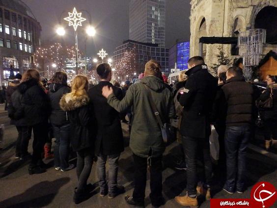 پاسخ زیبای مسلمانان مقیم برلین به حادثه تروریستی اخیر +تصاویر
