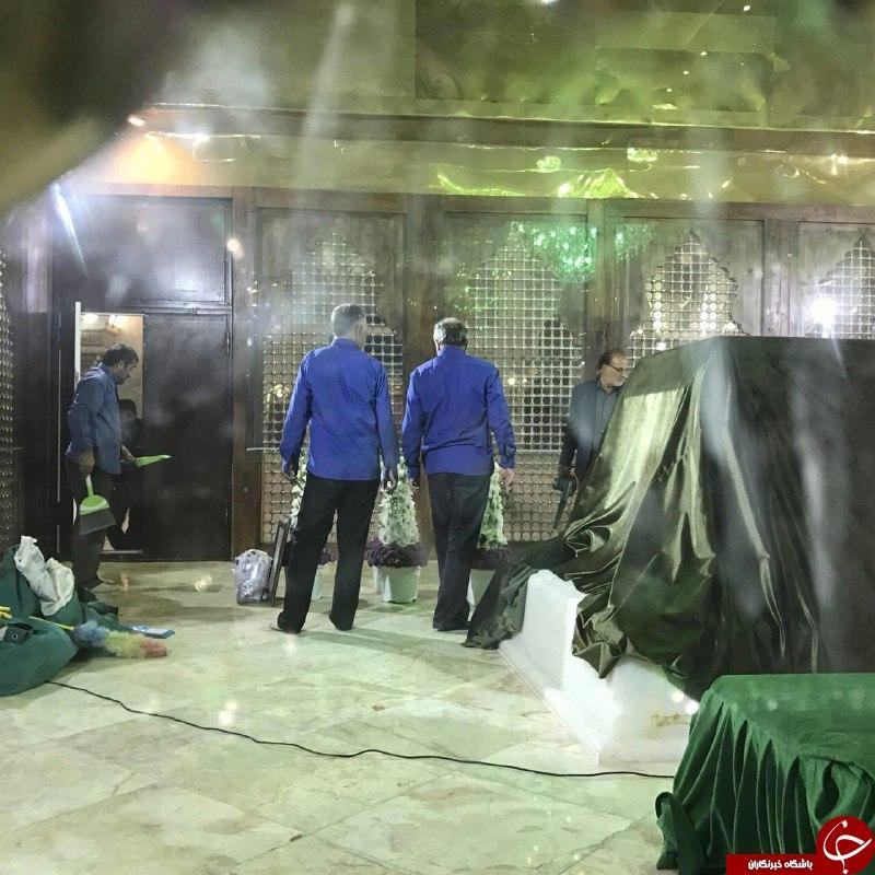 عکس از داخل ضریح امام راحل