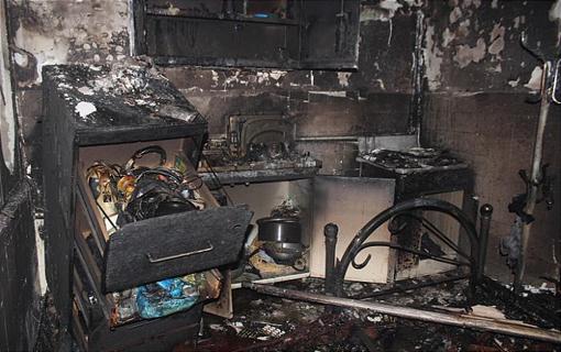 آتش سوزی انبار منزل مسکونی در حوالی میدان امامت حادثه آفرید/ خانم 55 ساله دچار سوختگی سطحی شد