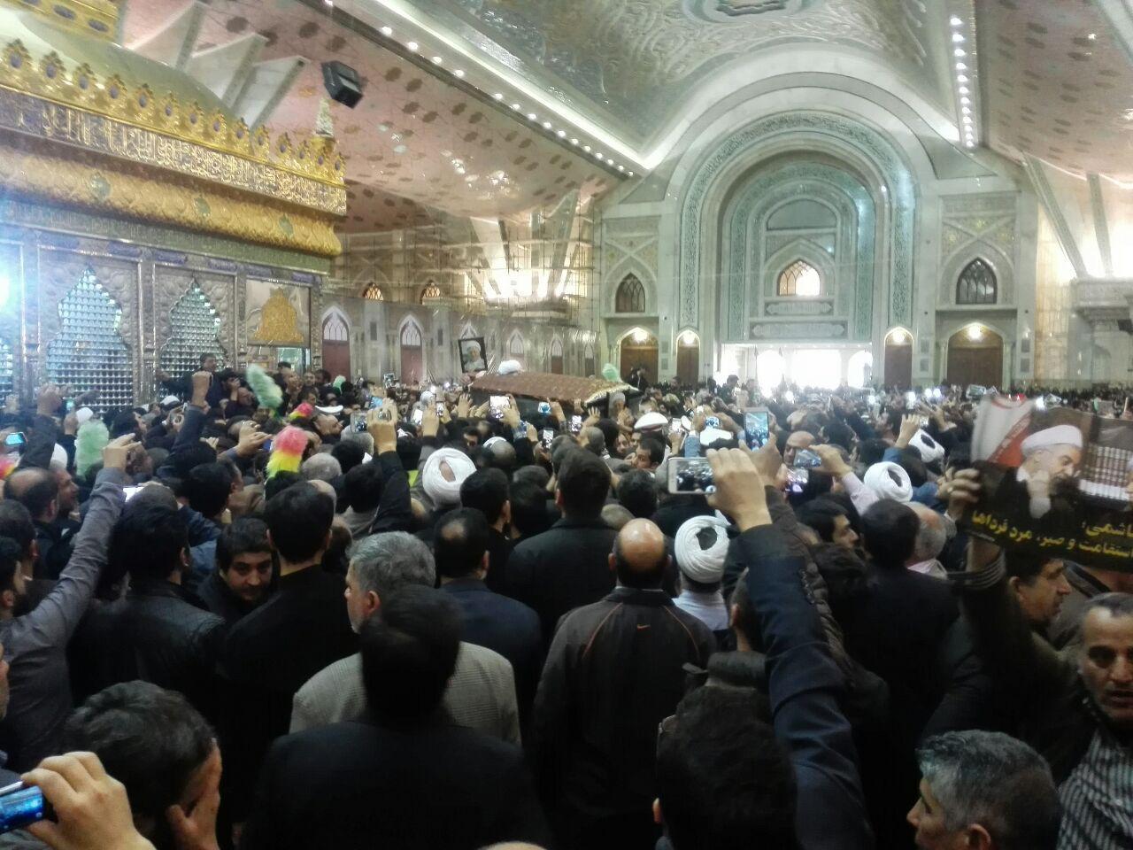 مراسم تشییع و تدفین پیکر آیت الله هاشمی رفسنجانی در حرم امام راحل آغاز شد