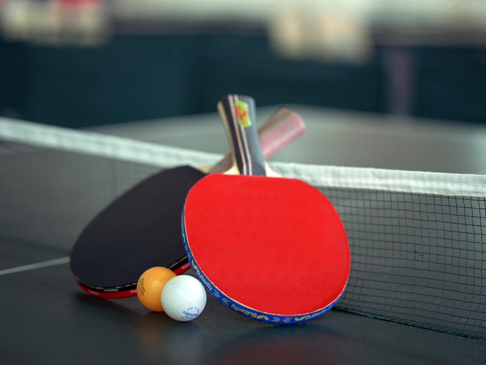 آکادمی تنیس روی میز ، میزبان نیرو های مسلح