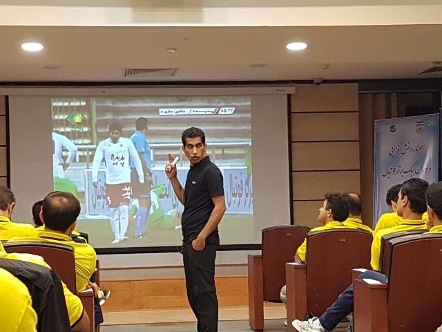 کامرانی فر: در نیم فصل دوم لیگ برتر فوتبال شاهد حضور موفق داوران هستیم
