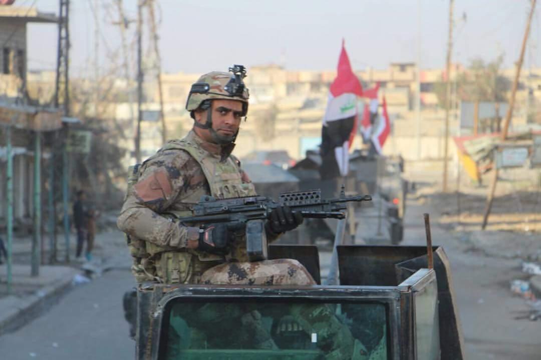 هلاکت تکنسین نظامی تروریستها با تابعیت فرانسوی/ جنگندههای F16 عراق، انبارهای داعش را به آتش کشیدند + تصاویر