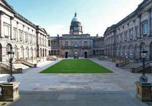 ارزانترین دانشگاههای انگلیس کدامند؟