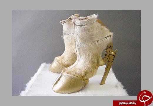 مدل عجیبِ اولین کفش جهان را ببینید/ کفشهایی که از دیدن آنها وحشت خواهید کرد! +تصاویر