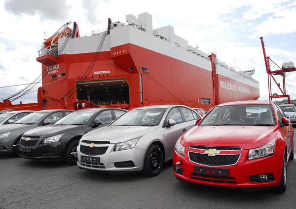 لزوم سیاستگذاری برای واردات خودرو