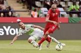 باشگاه خبرنگاران - تونس 2 - الجزایر 1/روباه های صحرا در آستانه حذف قرار گرفتند