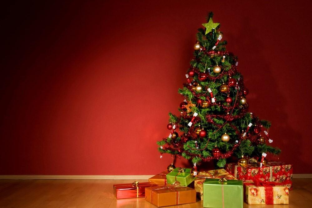 فتوای یک خاخام به سبک مفتیهای وهابی: درخت کریسمس شرک و حرام است!