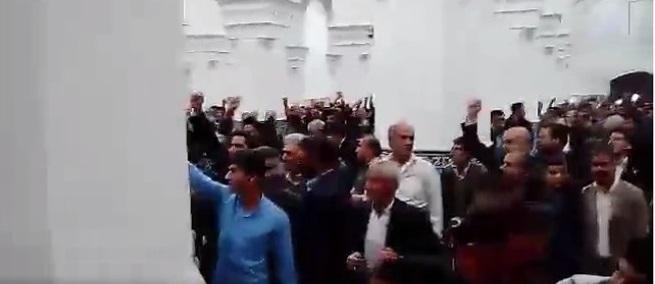 حکایت مهر و تسبیح در نماز جمعه یزد