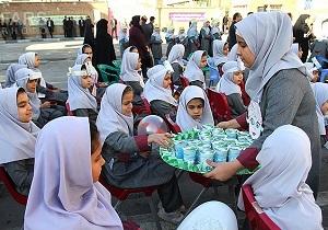 آغاز پرداخت بدهی شرکتهای لبنی برای اجرایی شدن توزیع شیر مدارس