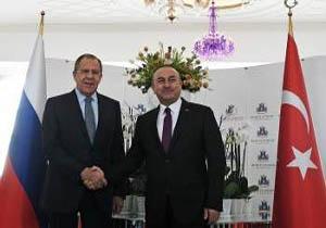گفتگوی تلفنی وزرای خارجه ترکیه و روسیه درباره آتشبس در سوریه