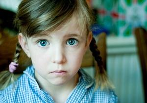 کودکتان را با اشتباه خود دروغگو نکنید
