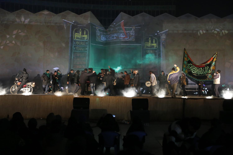 نمایش فتنه 88 و 9 دی در میدان امام حسین برگزار شد