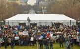 باشگاه خبرنگاران -تلاش مخالفان ترامپ برای بستن محل برگزاری مراسم تحلیف وی
