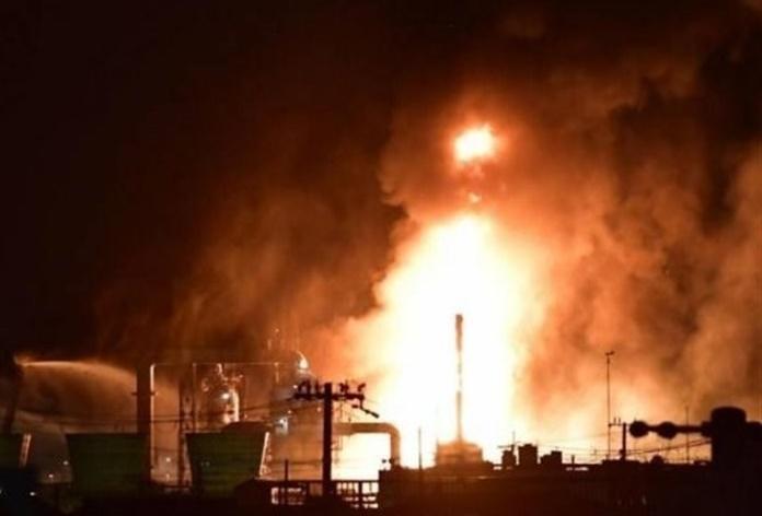 آتشسوزی گسترده در پالایشگاه نفتی جنوب تهران/ حادثه خسارت مالی سنگینی بر جای گذاشت