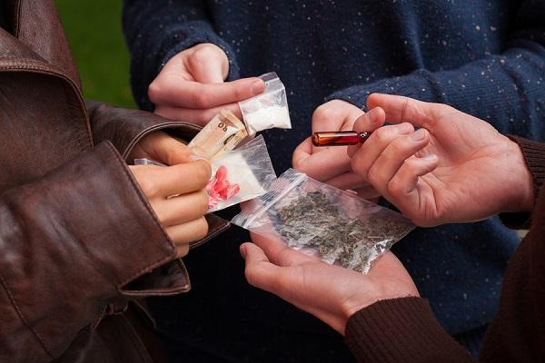 پانپراگ مخدری خوشمزه در کمین کودکان و نوجوانان/ خانوادهها مراقب فرزندانشان باشند