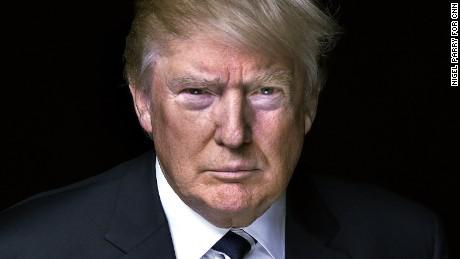 گنجاندن رسمی استیو بنن در تیم ترامپ؛ یک اقدام دیوانهوار دیگر از سوی رئیسجمهور آمریکا